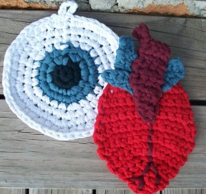 Mr. Claus Potholder Crochet Pattern | Red Heart