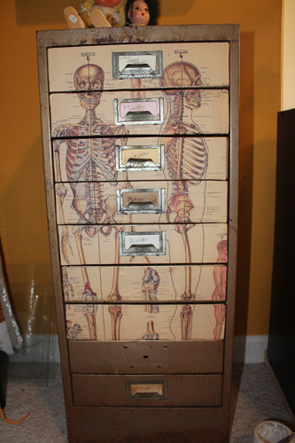 9 Seven Drawers